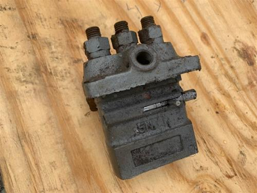 Yanmar 3GM30F Injector Pump                                                    D18